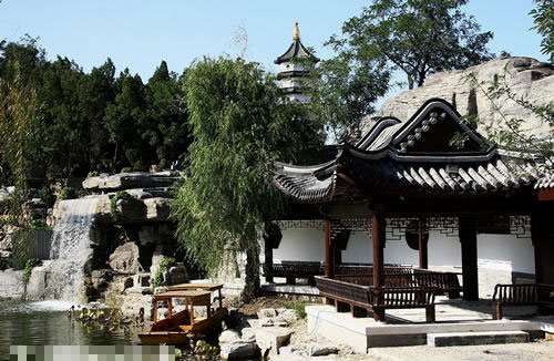 Free Admission To Newly Revamped Tianjin Beining Park On